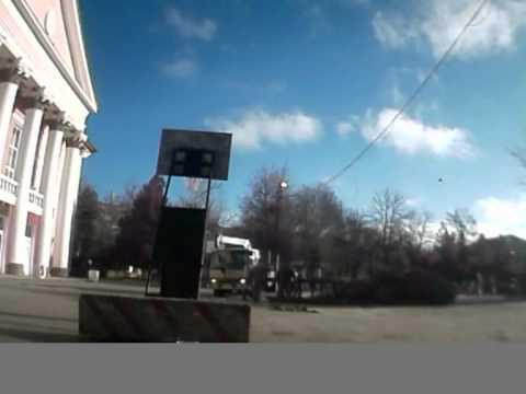 Установка новогодней Ели в посёлке Октябрьском