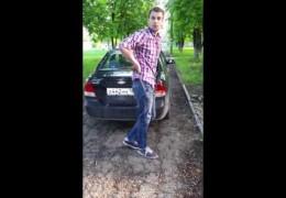 Жителя Новочеркасска застукали за воровством тротуарной плитки (18+)
